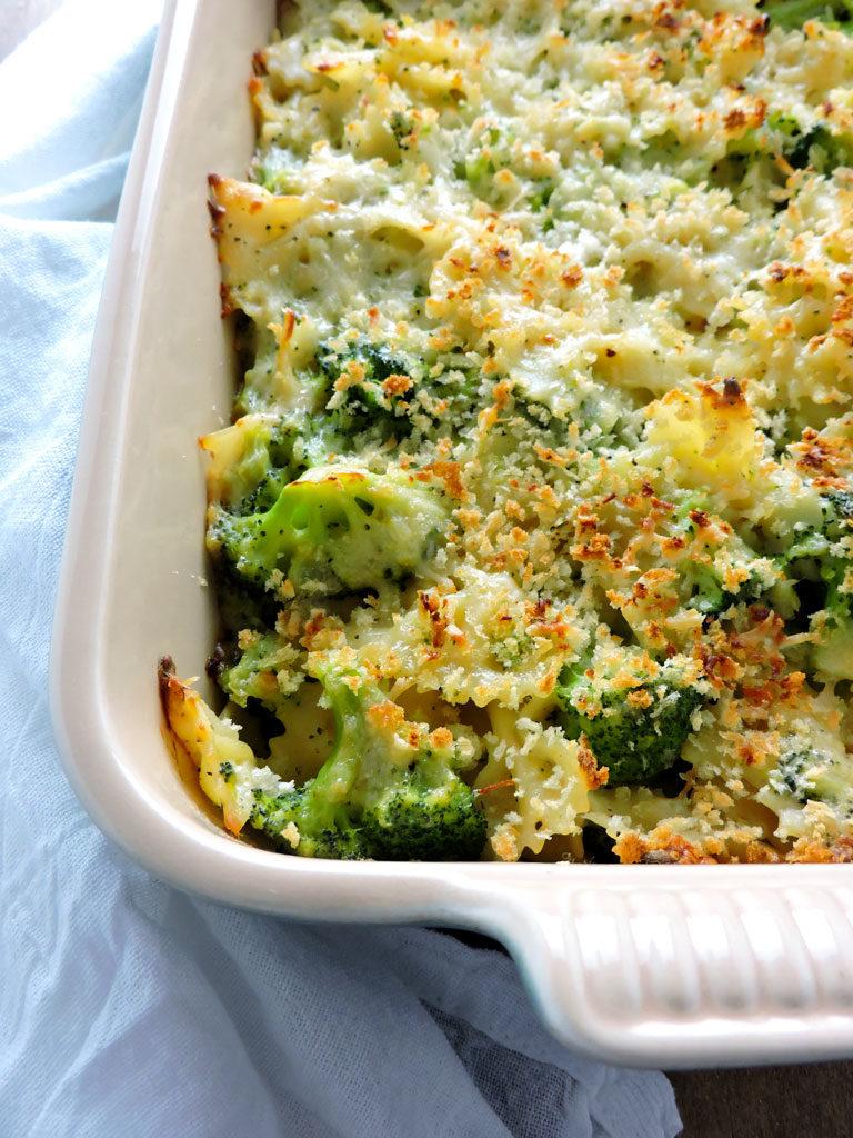 Skinny Broccoli Alfredo Bake